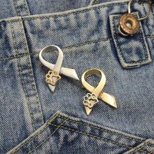 Other - ✨🐾Animal Cruelty Awareness Ribbon Pin🐾✨